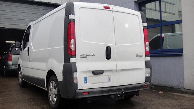 Renault-trafic-dci-115