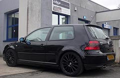 VW-Golf-4-v6bandeau