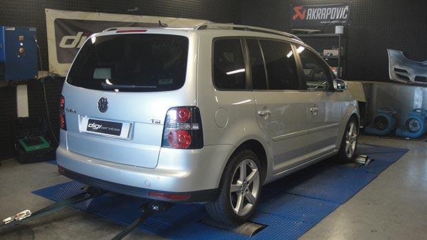 VW-touran-tsi-140