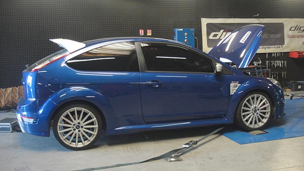 Ford-Focus-2-RS-305-stage-3-bleue