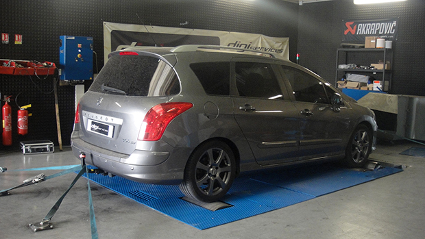 Peugeot-308-SW-2