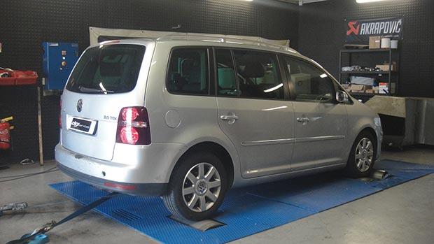 VW-Touran-tdi-140-DSG