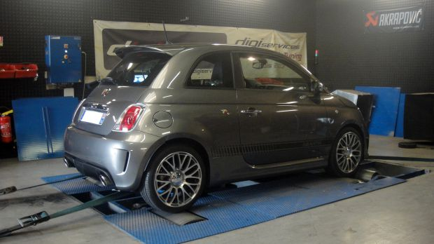 reprogrammation moteur fiat 500 abarth 1 4 turbo 135 digiservices. Black Bedroom Furniture Sets. Home Design Ideas
