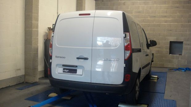 reprogrammation moteur renault kangoo 1 5 dci 90 digiservices. Black Bedroom Furniture Sets. Home Design Ideas