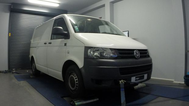 reprogrammation moteur vw transporter 2 0 tdi 140 digiservices. Black Bedroom Furniture Sets. Home Design Ideas