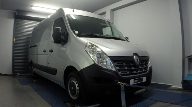 reprogrammation moteur renault master 2 3 dci 165 digiservices. Black Bedroom Furniture Sets. Home Design Ideas